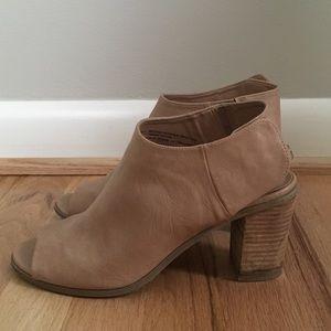 Mossimo sling-back block heel sandals